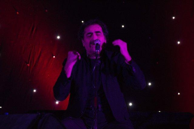 اجرای کنسرت ناظری ها در خانه پدری/تصاویر