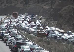 ترافیک در برخی از محورهای کشور نیمه سنگین است/ اعلام محورهای مسدود