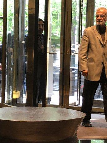 جنجال بر سر ادعای ملاقات جان کری و رئیس شورای راهبردی روابط خارجی ایران در پاریس