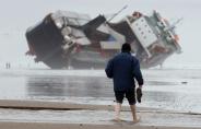 کشتی های غول پیکری که گرفتار خشم طبیعت شده اند + تصاویر