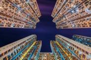 هنرمند استراليايي و ساختمانهاي بلند هنگ کنگ + تصاویر
