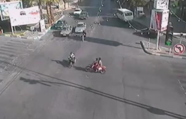 فیلم: تصادف وحشتناک دو موتور سوار در یزد
