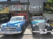 خودروهای هم عصر فیلم شهرزاد در خیابان ولیعصر به نمایش درآمد