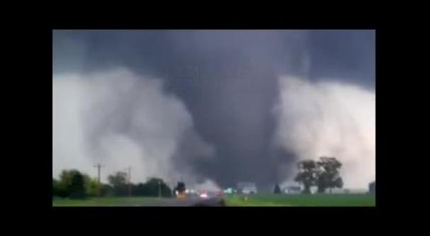 فیلم : تصاویر جالبی از یک طوفان دوقلو