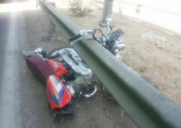 باز هم بی احتیاطی مرگ موتور سواران را رقم زد + تصاویر