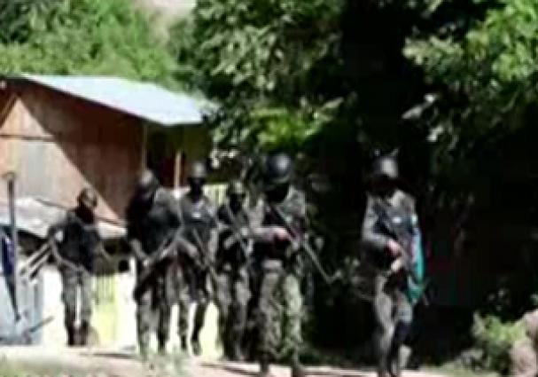 فیلم : لحظه دستگیری خلافکاران باند ام اس 13