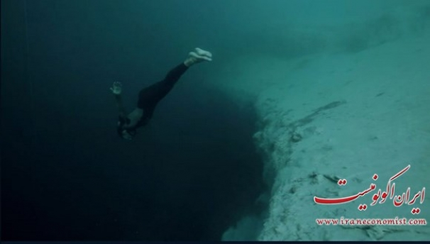 فیلم : غواصی در اعماق چاله های اقیانوس