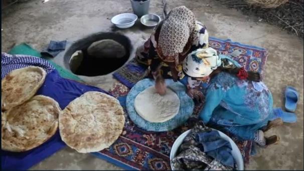 فیلم: پخت نان در تاجیکستان