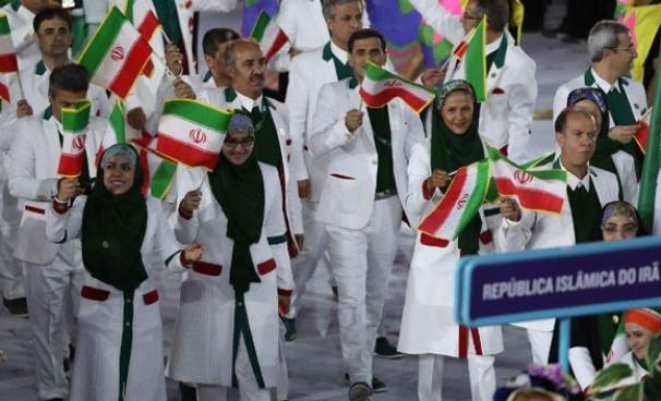 فیلم:رژه ورزشکاران ایران با پرچمداری نعمتی در افتتاحیه المپیک