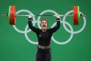 اولین زن محجبه مدال آور در المپیک ریو+عکس