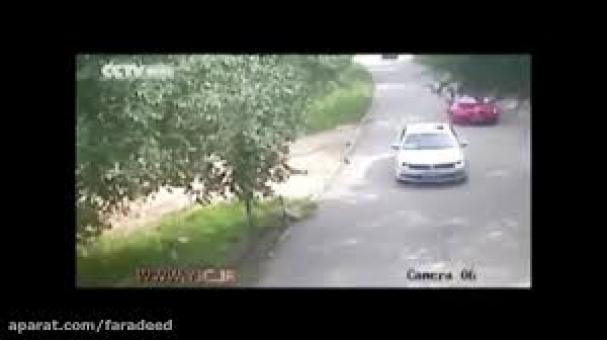 فیلم : حمله وحشتناک ببروحشی به دختر جوان