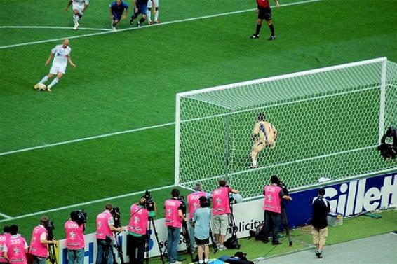 فیلم : 10 پنالتی به یادماندی فوتبال