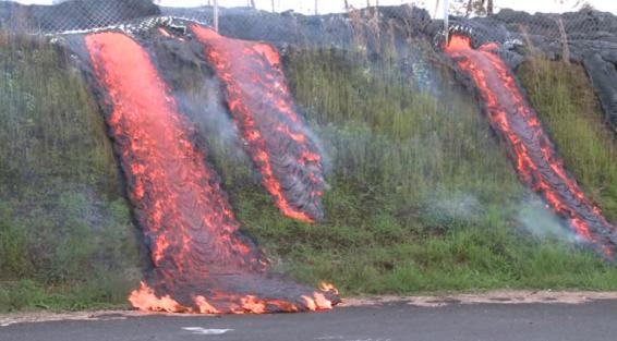 فیلم : پیشروی مواد مذاب در منازل مسکونی هاوایی