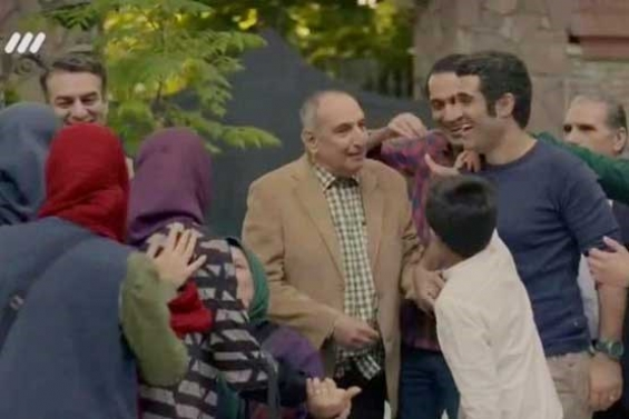 فیلم : دابسمش بازیگران دیوار به دیوار با آهنگ بیست هزار آرزو