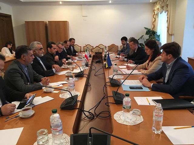 ایران و اوکراین بر توسعه همکاریهای پارلمانی تاکید کردند