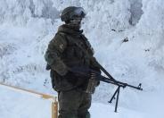 تصاویر : آموزش تفنگداران نیروی دریایی روسیه در هوای سرد و برفی