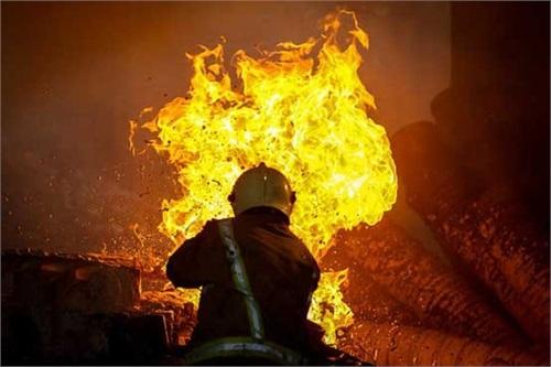آتشسوزی مجموعه 167 شرکت بهرهبرداری نفت و گاز گچساران مهار شد