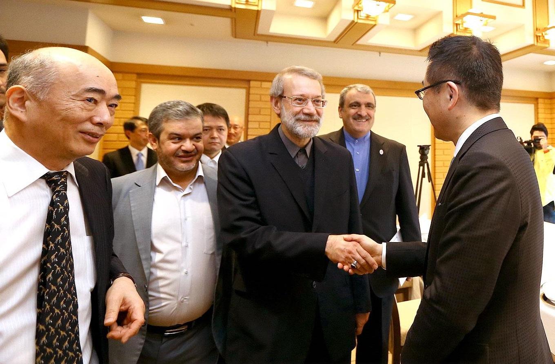 میان ایران و ژاپن گامهای بلندتری برداشته شود/ استقبال از توسعه روابط تجاری میان دو کشور