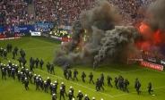 تک عکس : خشم هواداران تیم فوتبال هامبورگ