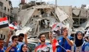 تک عکس : جشن آزادسازی حجر الاسود در جنوب دمشق