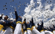 تک عکس : جشن فارغ التحصیلی دانشجویان در آمریکا