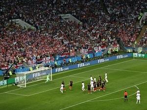 برتری یک گله انگلیس برابر کرواسی در نیمه اول