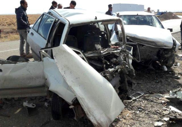 وقوع تصادف خونین در فارس با 5 کشته و 3 مصدوم