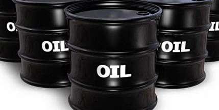 رویترز: دو عاملی که بازار نفت راتحت فشار قرار داده است