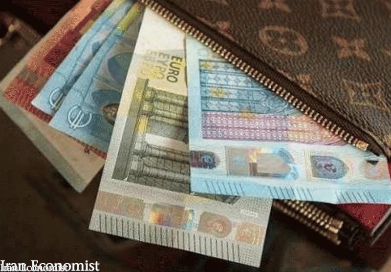 قیمت دلار و یورو در صرافیهای بانکها