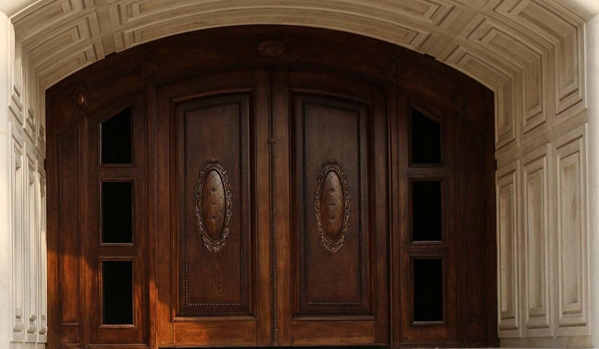 استفاده از درب چوبی در صنعت ساختمان